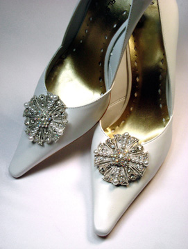 Absolutely Audrey Shoe Clips at FashionBliss.com